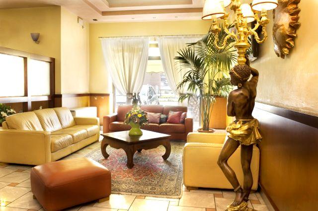 Sala Hotel Aloisi Lecce