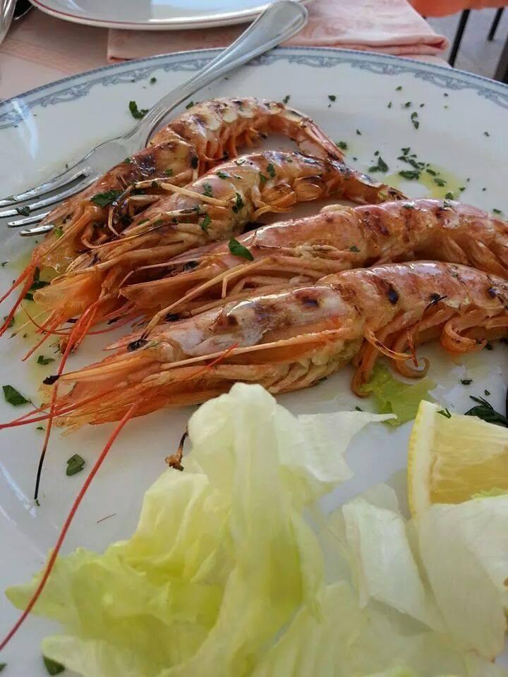 piatti di pesce cucinati a Porto Cesareo (Puglia)