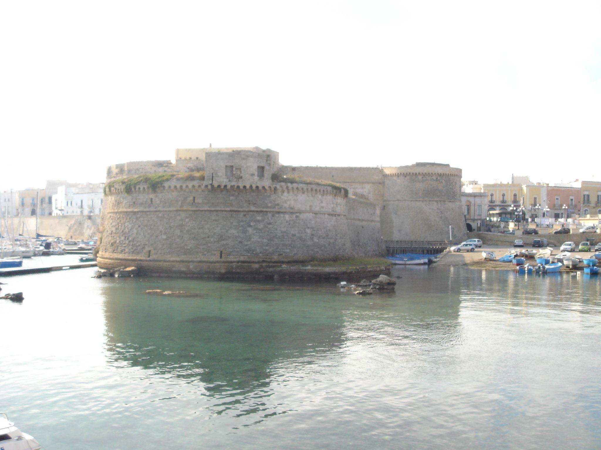 Castello angioino gallipoli, Lecce