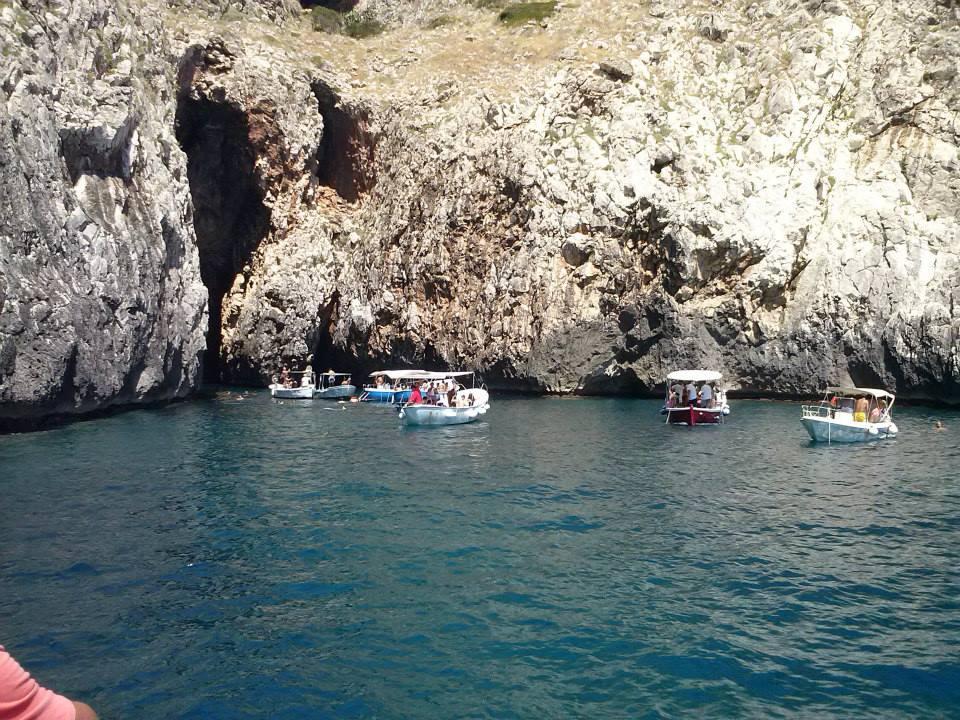 gite in barca durante una vacanza a Felloniche di marina di Patù (Lecce)