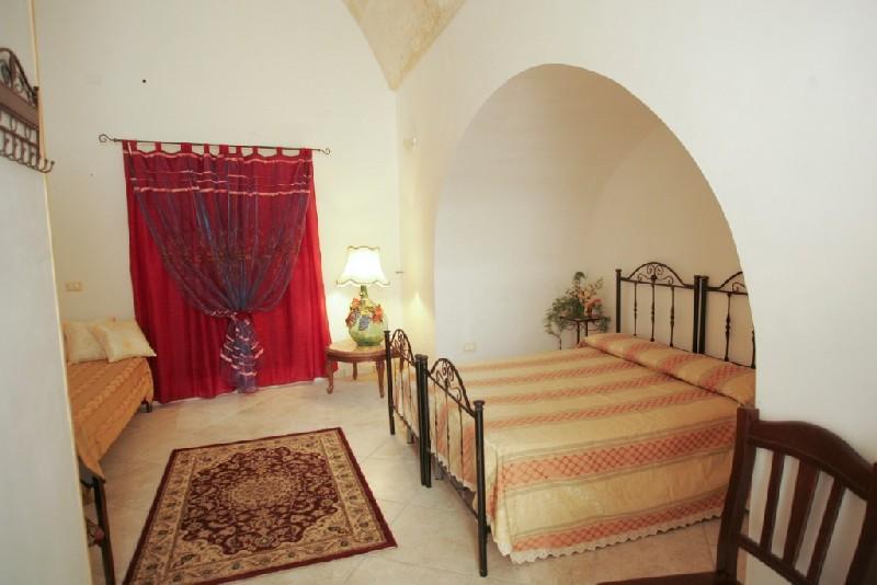 Particolare di una camera B&B il Simposio Poggiardo, Lecce