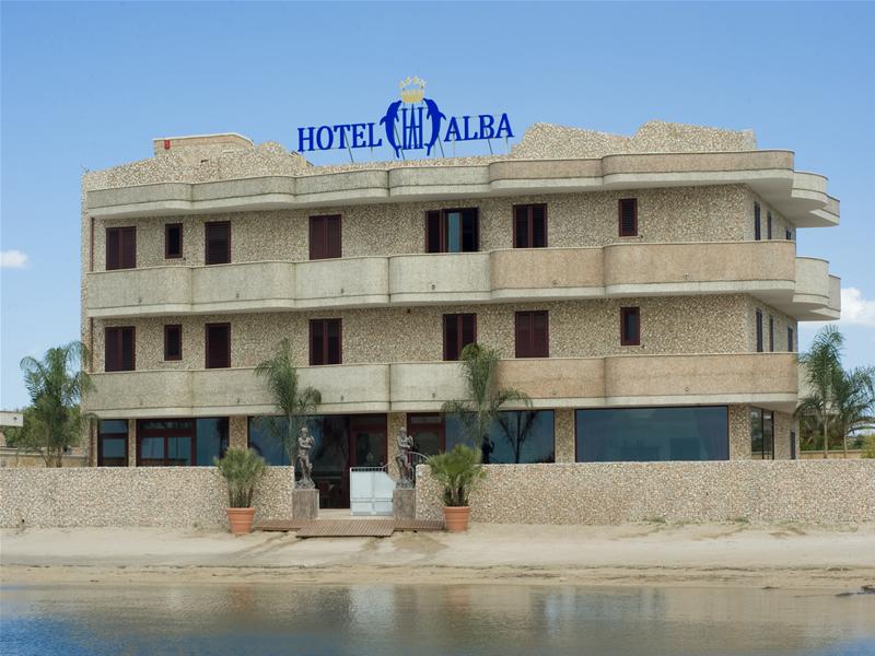 Esterno Hotel Alba Torre Lapillo, Lecce