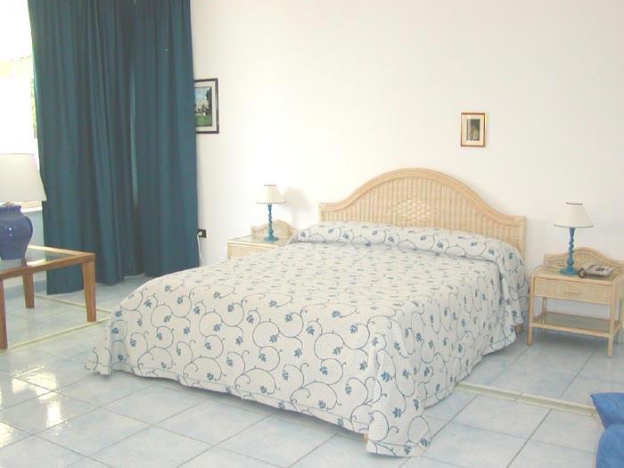 camera hotel Selenia Castro (Puglia)