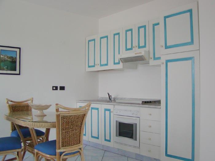 cucina del residence Selenia a Castro marina