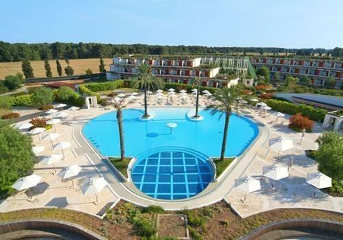 Panoramica piscina Calanè Family Village Castellaneta Marina
