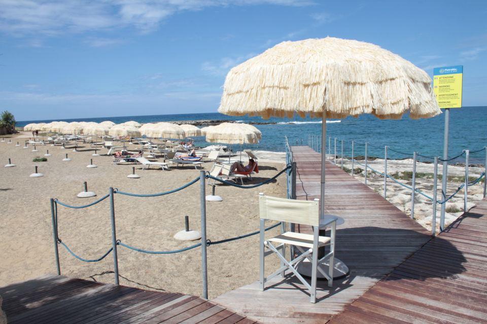 Lido attrezzato Pietrablu Resort Poligano a Mare