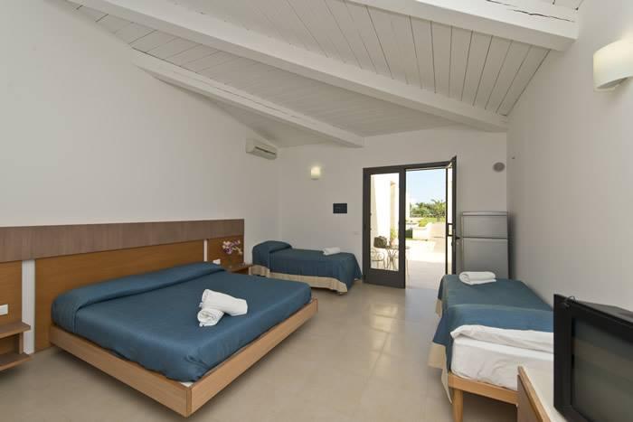 Camere Da Letto Matrimoniali Scontate : Hotel gabriella villaggio sulle spiagge di alimini