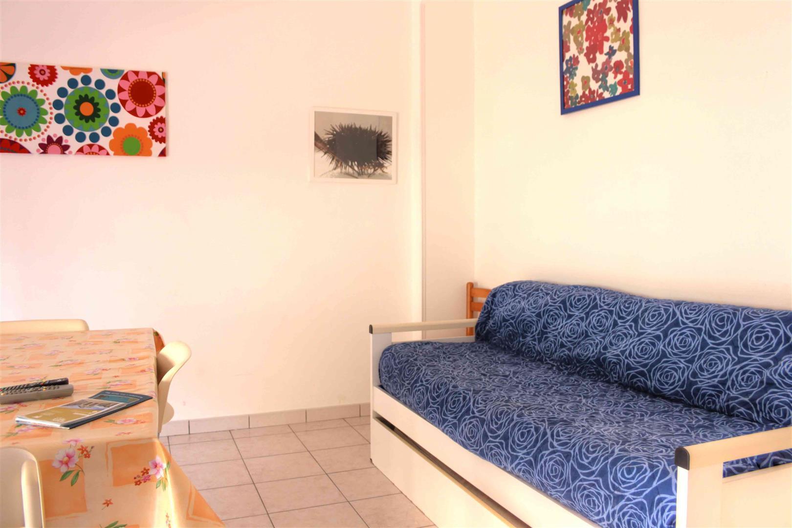 Ampio soggiorno appartamenti San Foca Centro