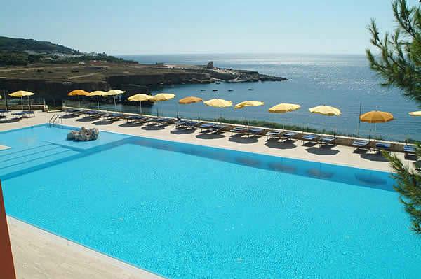 Foto piscina panoramica al the riviera santa cesarea terme lecce su foto 410 - Piscina sulfurea santa cesarea terme ...