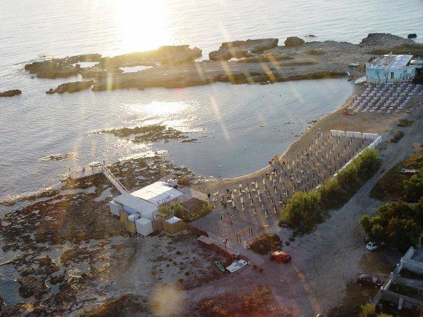 stabilimento balneare KUM a Roca, Melendugno, Lecce