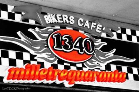 bikers-cafe1.jpg