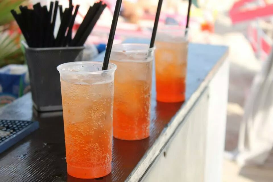 Cocktail e Mojito sulla spiaggia del lido Giro di Boa a Frassanito di Otranto