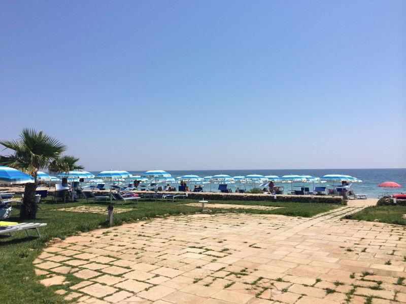 Matrimonio In Spiaggia Ugento : Saracino beach ugento lecce su salento