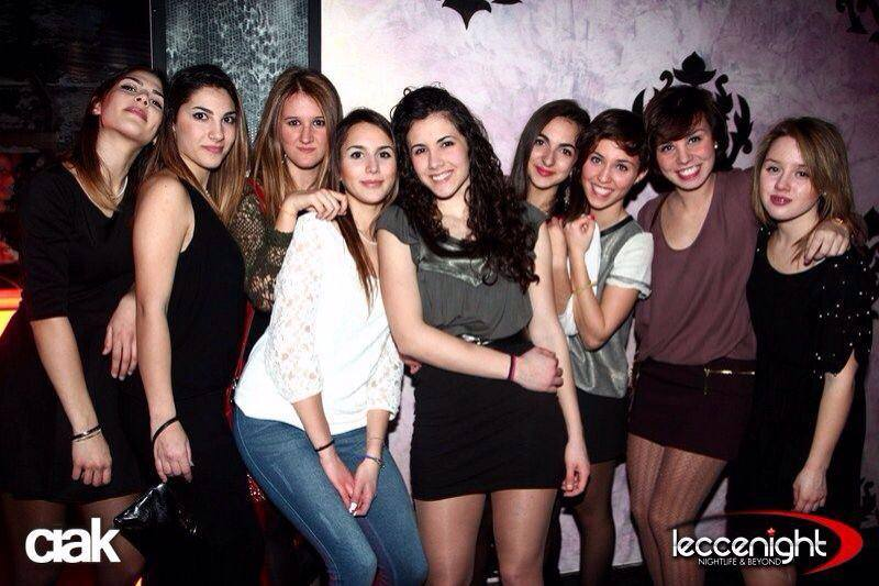 divertirsi con gli amici in discoteca al Ciak di Castrignano dei Greci (Puglia)