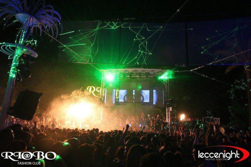 ballare alla discoteca Rio Bo a Gallipoli